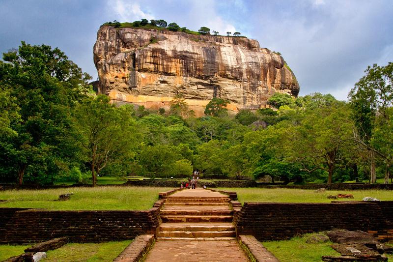 Сингальский и тамильский Новый год в Шри Ланке