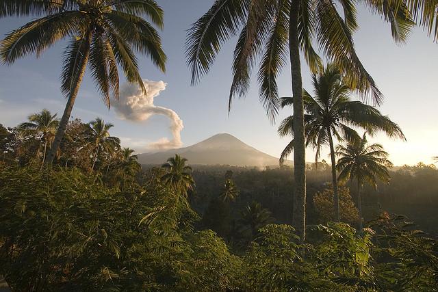 нужна ли виза в индонезию