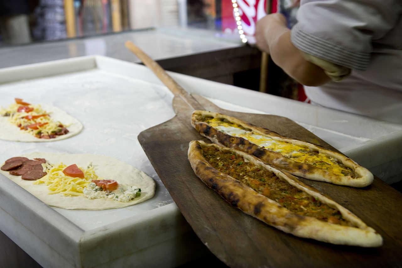 Цены на еду в кафе и ресторанах в Баку