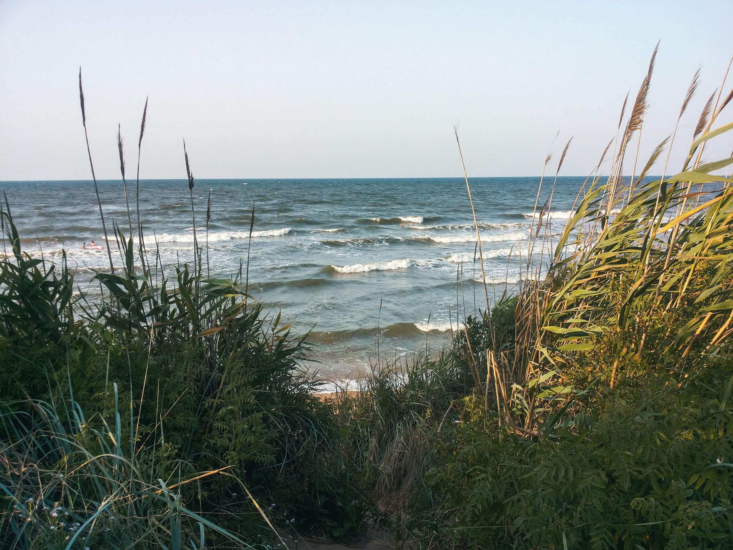 Отдых с палатками на Азовском море