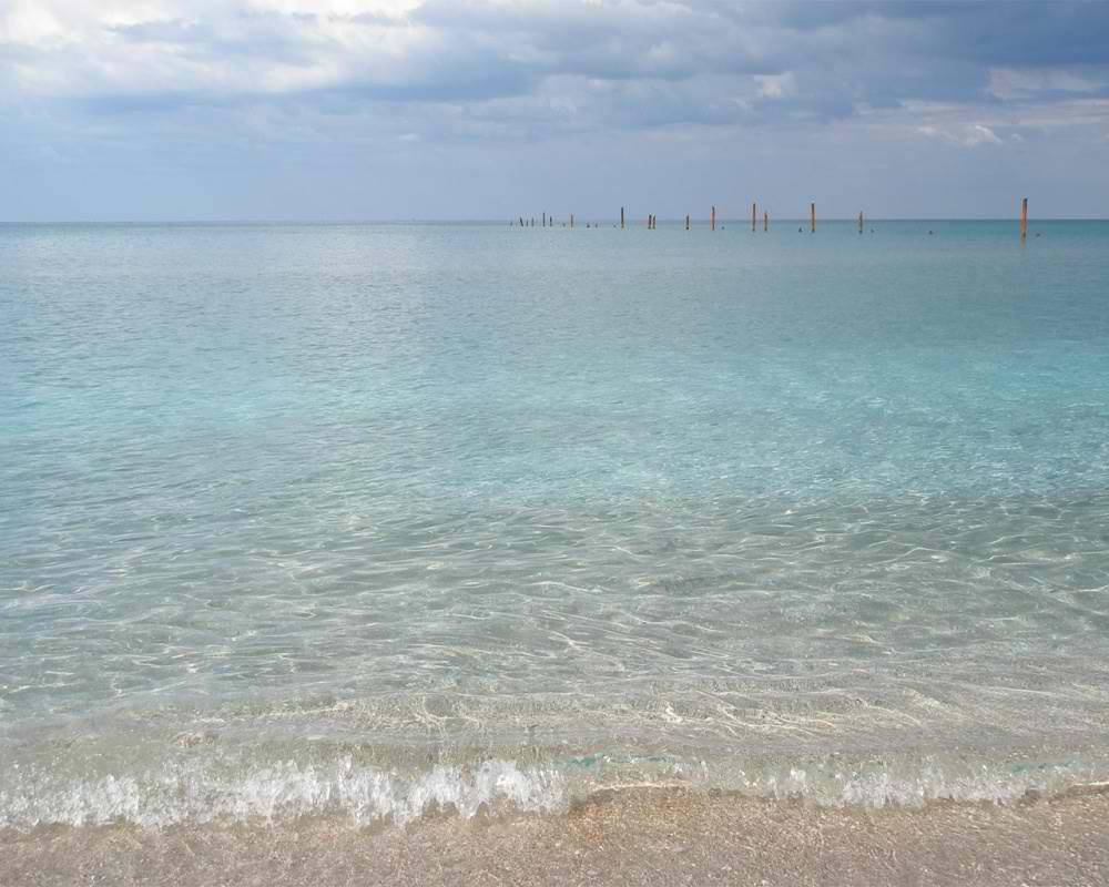 Чистые песчаные пляжи Крыма