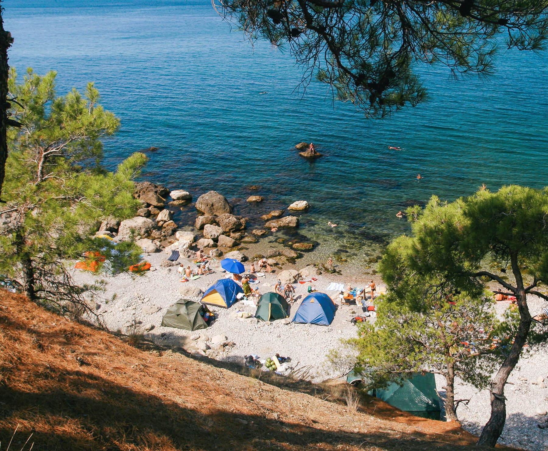 Где поставить палатку на Черном море