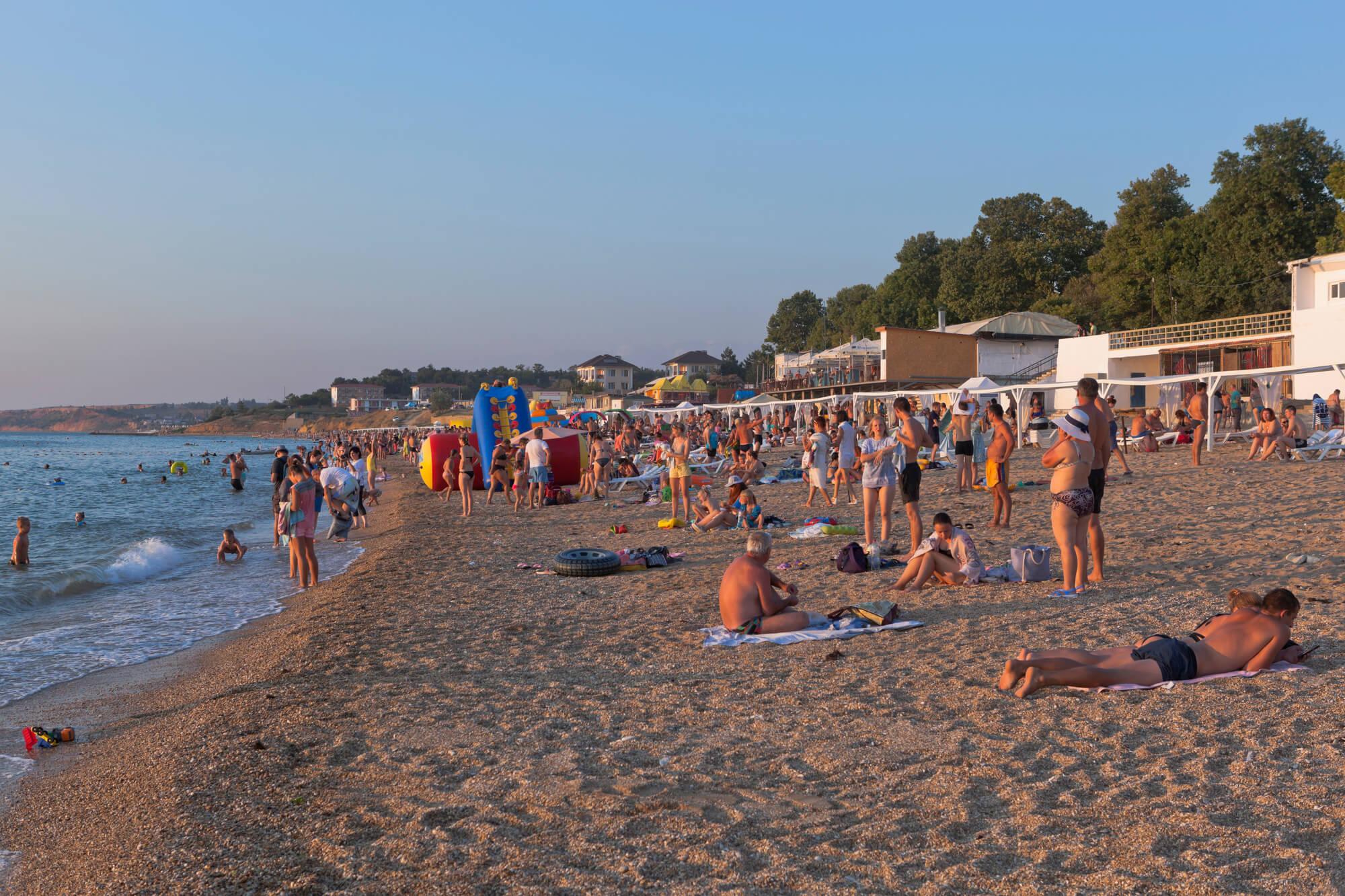 Песчаные пляжи в Крыму для детей
