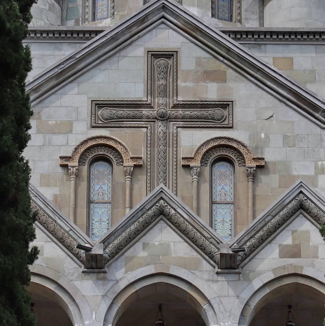 Соборы и храмы в Ялте