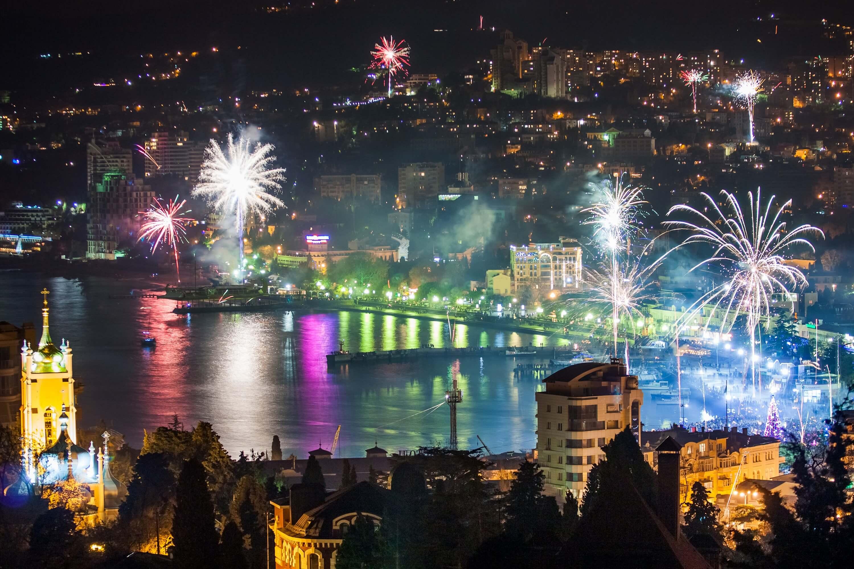 Где фейерверки в Крыму на Новый год в Крыму