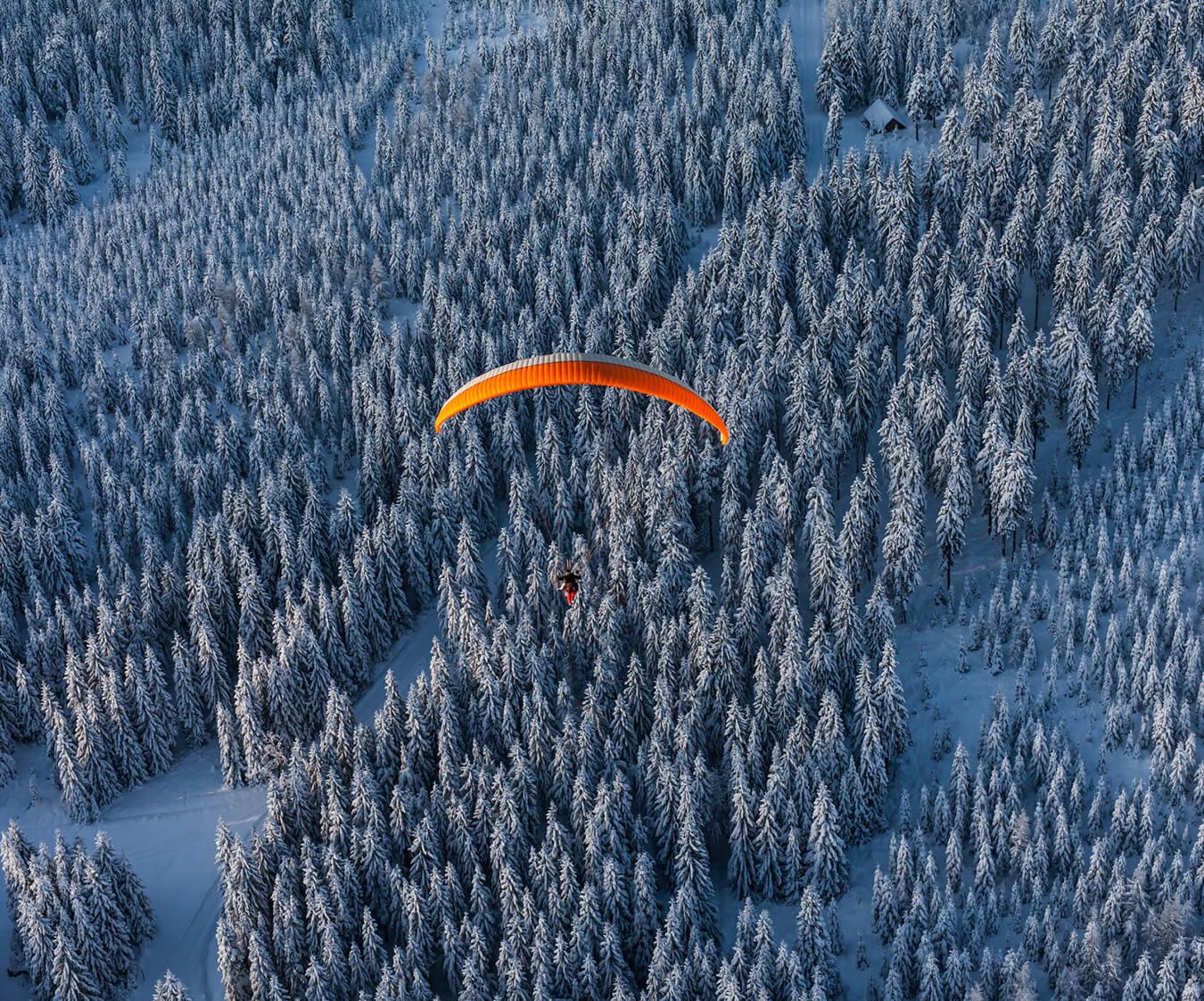 Полеты на парапланах в Крыму на Новый год