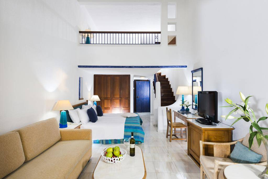 Лучшие отели Кипра на первой линии