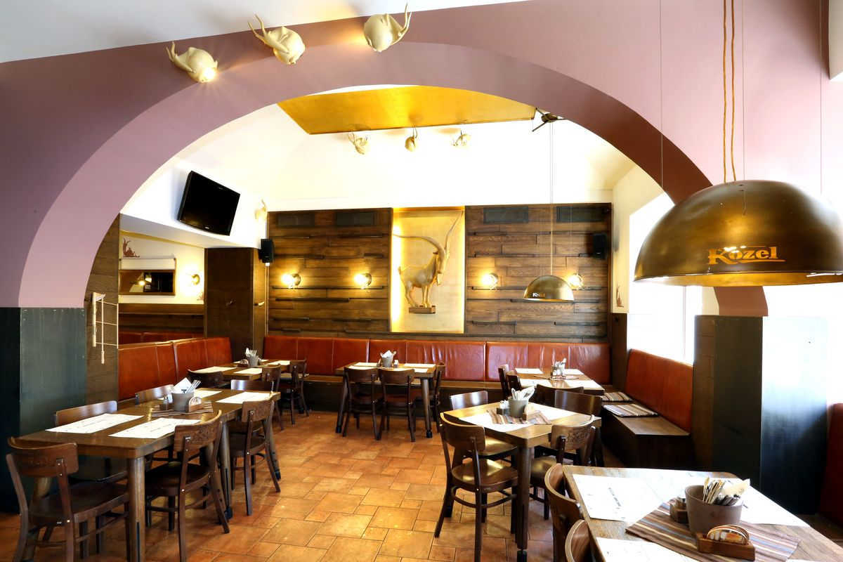 Лучшие кафе и рестораны Праги