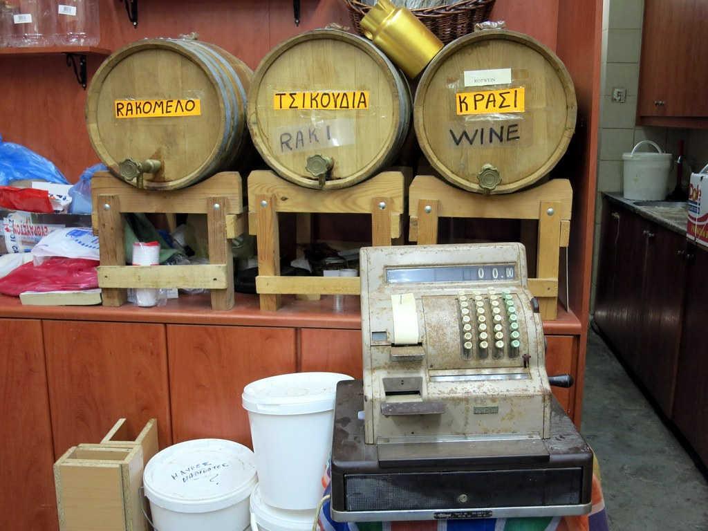 Сколько стоит еда и алкоголь в кафе и ресторанах Крита