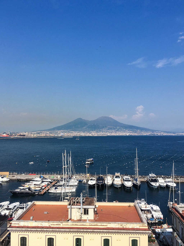 Как дешево добраться из Неаполя в Рим