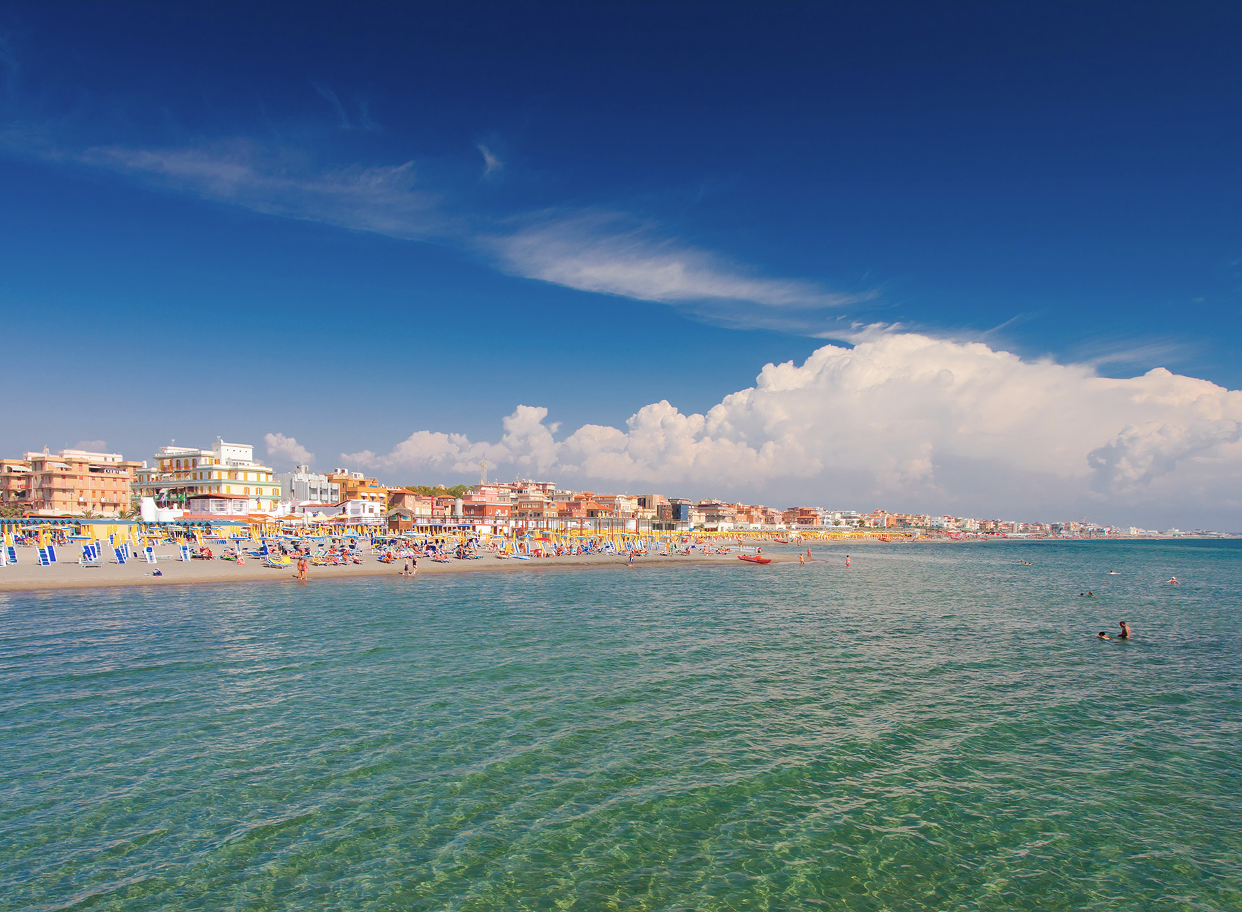 Где теплое море в июне в Европе