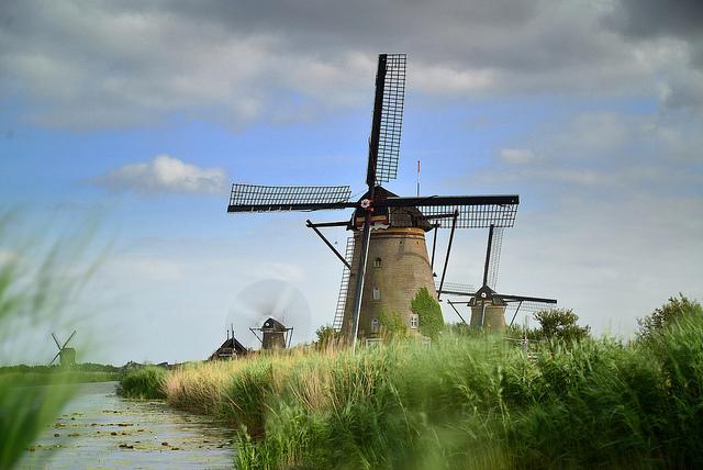 пейзажи нидерландов - мельницы в киндедейке