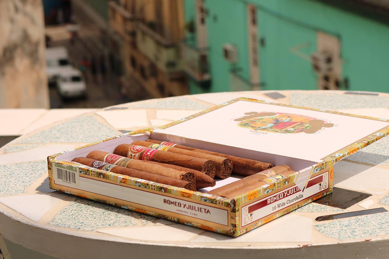 Сколько стоят ром и сигары на Кубе