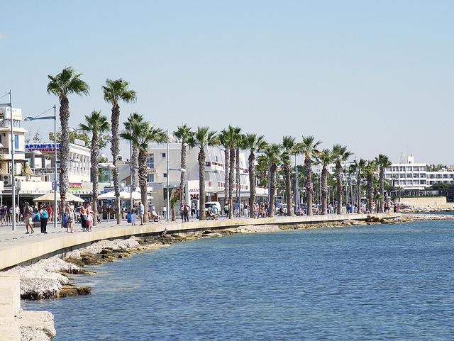 кипр: интернет, магазины, еда в пафосе