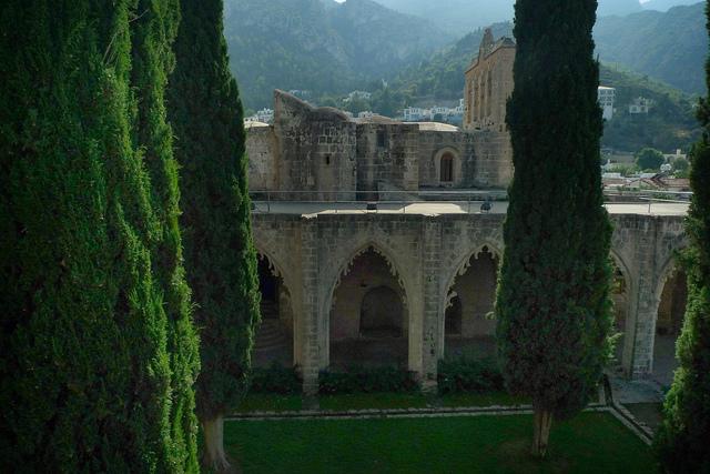 пейзажи кипра - аббатство беллапаис