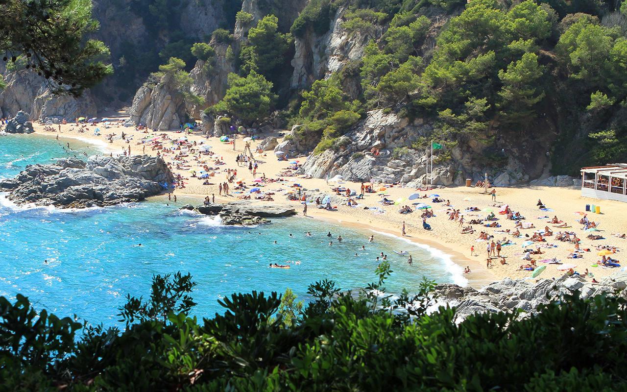 Куда поехать и полететь отдыхать в ноябре на море без визы в 2020 году: страны для недорогого пляжного отдыха за границей