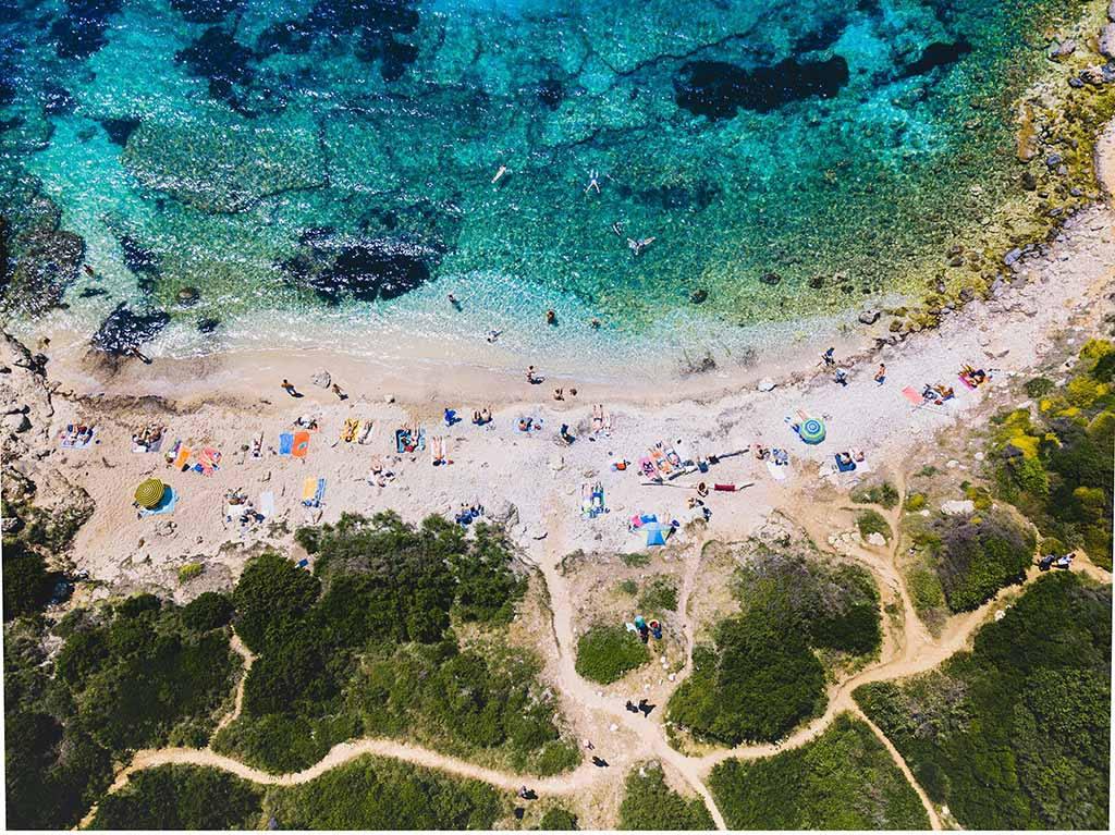 Пляжный отдых в сентябре за границей