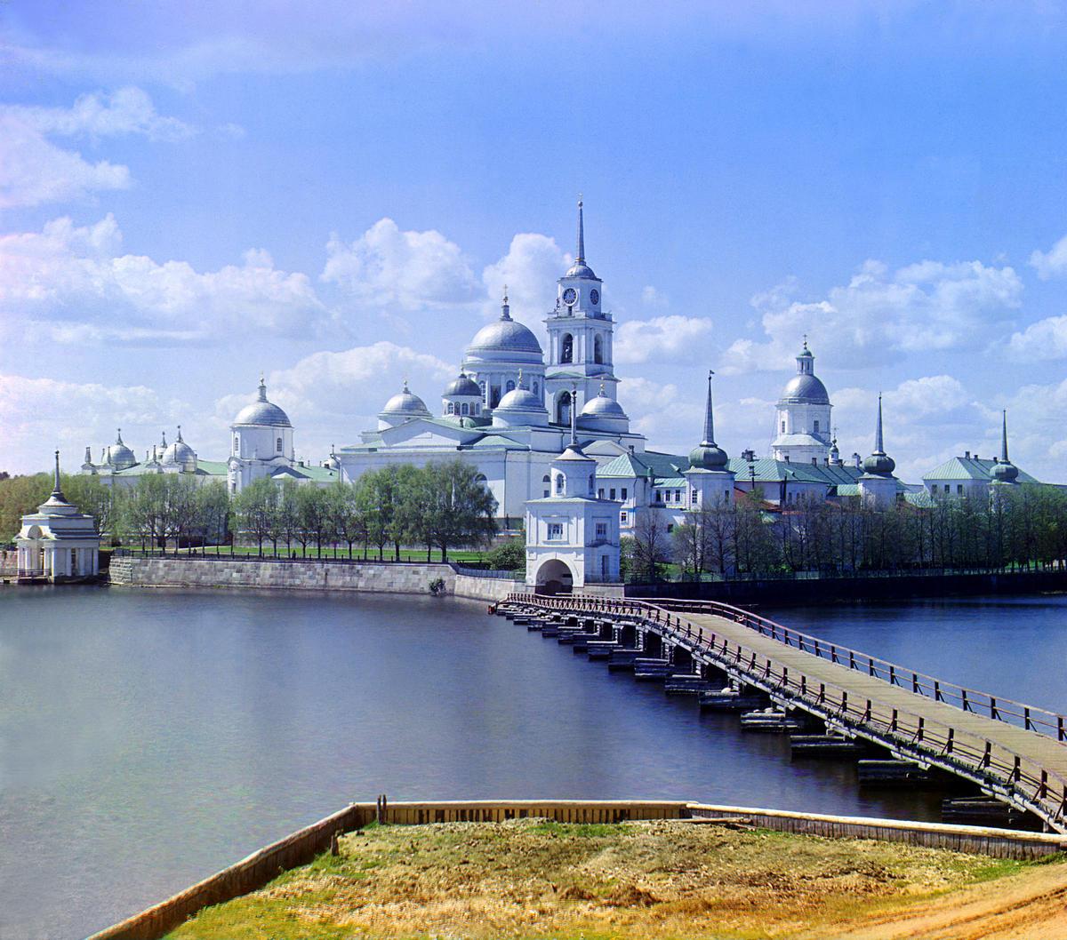 Где отдохнуть в России в июле