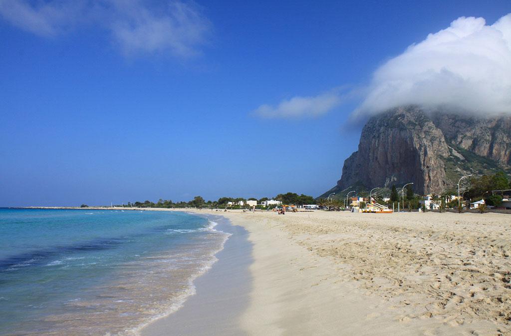 Где отдыхать в сентябре с детьми за границей