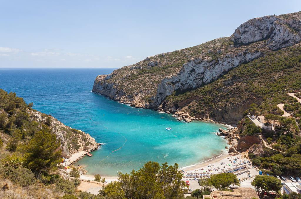 Тихие пляжи Испании