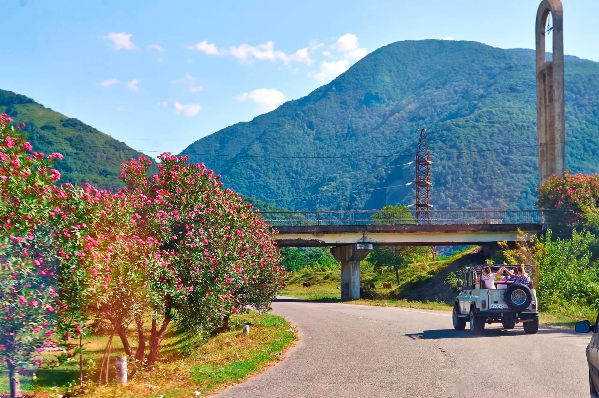 сколько стоит съездить в абхазию