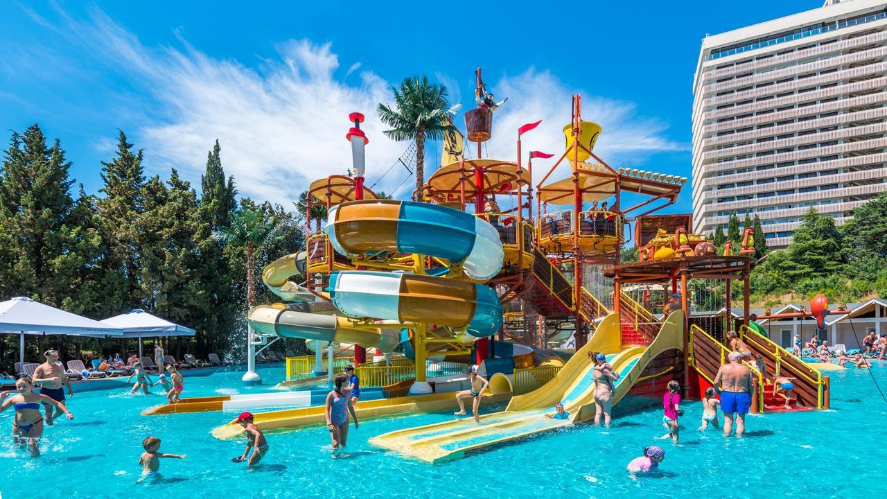 Лучшие курорты России на Черном море для отдыха с детьми