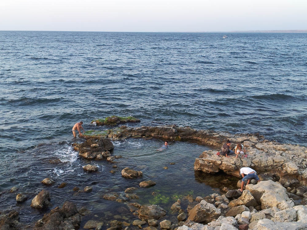 дикий пляж в херсонесе