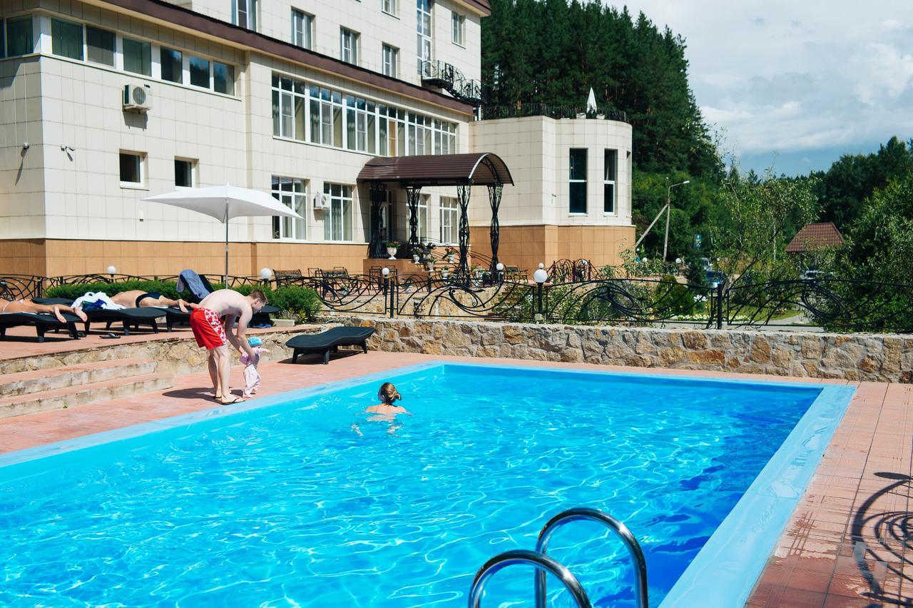 Санатории и отели с бассейном в Белокурихе