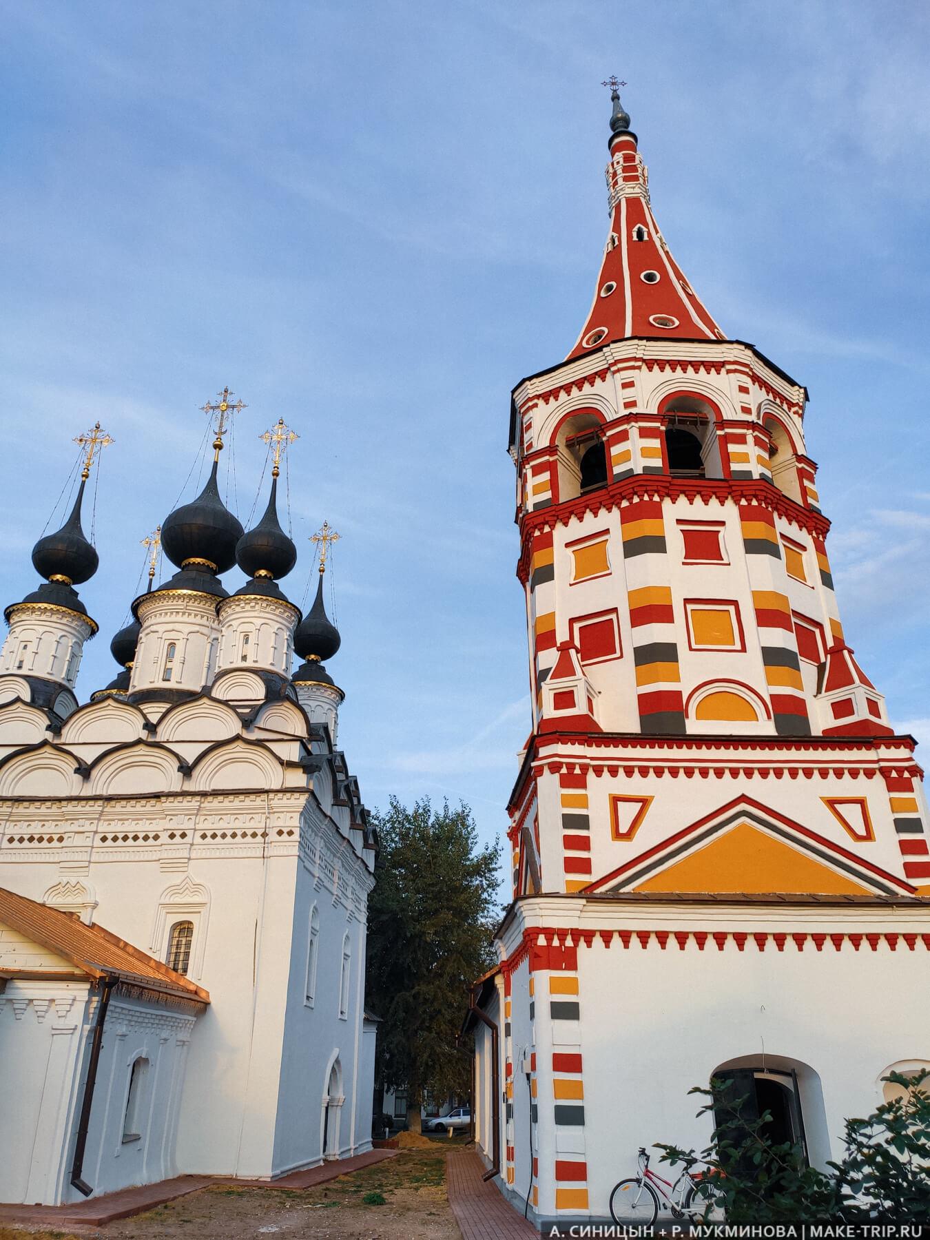 Храм св. Николая и церковь Рождества Христова в Суздале