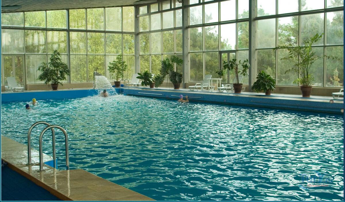 Санатории Геленджика с подогреваемым бассейном