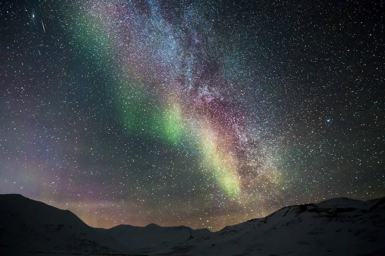 Где посмотреть северное сияние в России и за границей