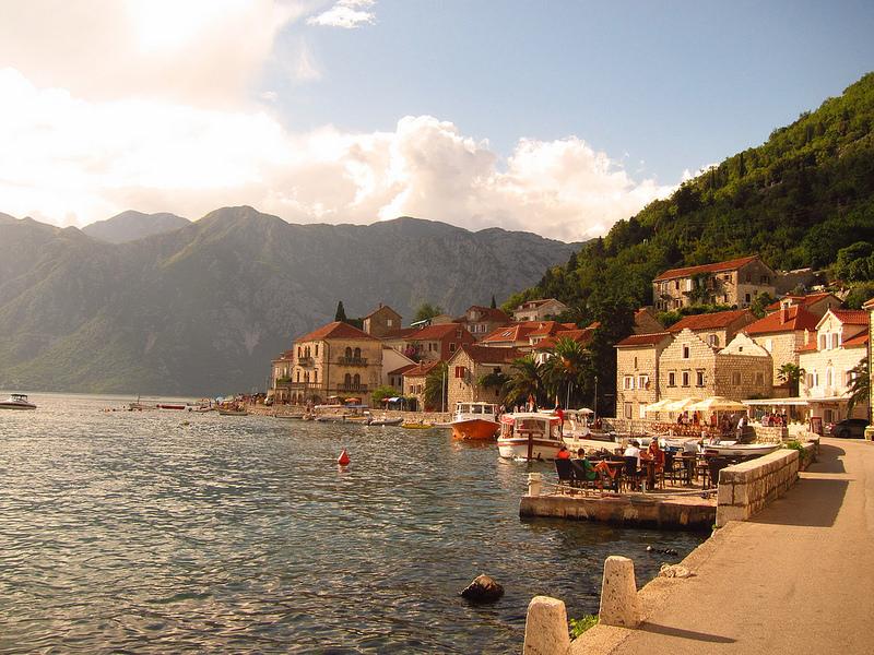 Цены на кафе и рестораны на отдыхе в Черногории
