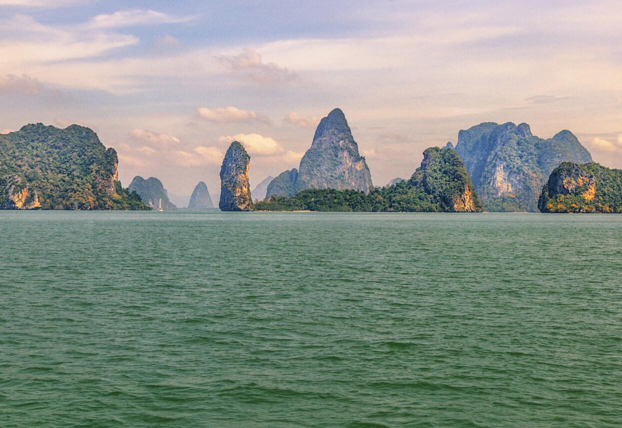 Экскурсии на Пхукете в залив Пханг Нга