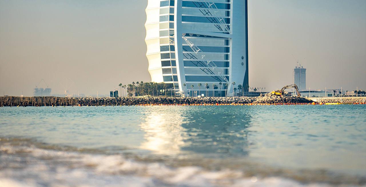 КАКОЕ МОРЕ ОМЫВАЕТ ОАЭ... Море в ОАЭ, какой океан омывает Объединенные Арабские Эмираты, температура воды по месяцам