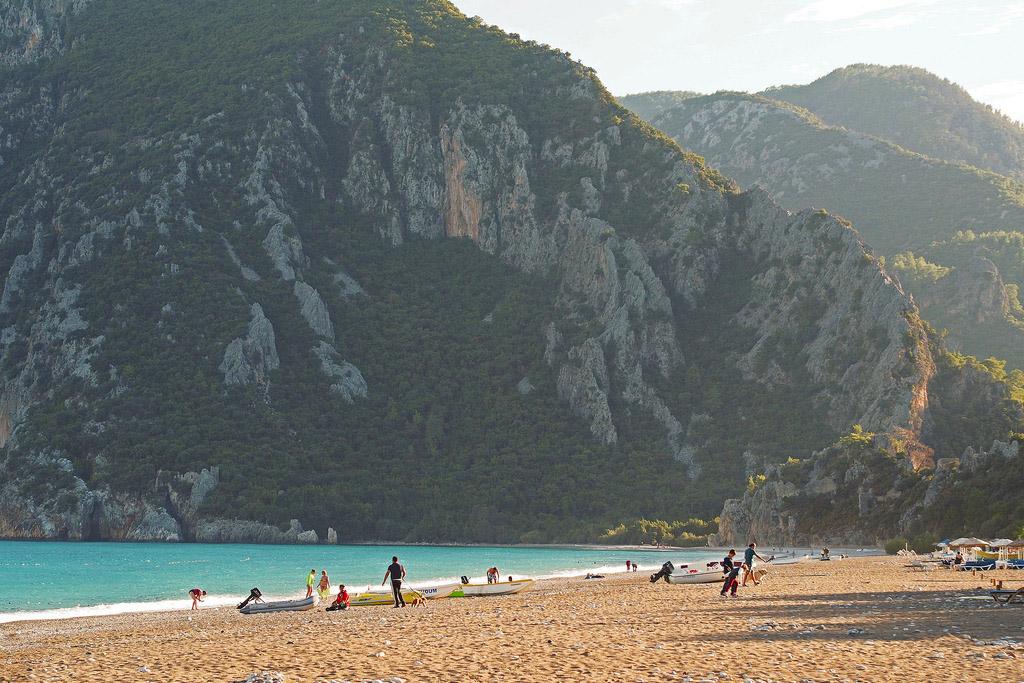 Где отдыхать на море в Турции весной