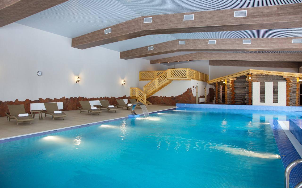 Отдых зимой в Подмосковье с бассейном