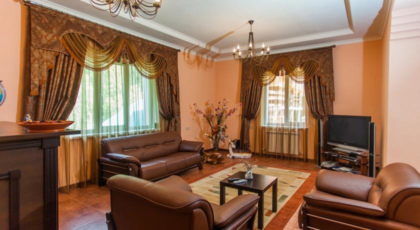 цены на гостиницы в домбае