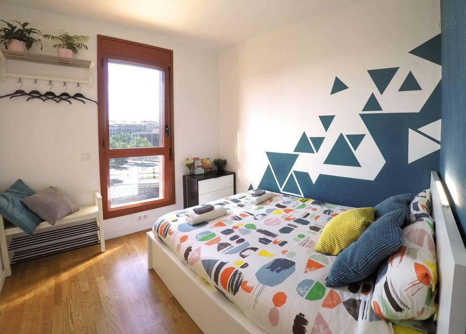 Снять комнату недорого в Барселоне