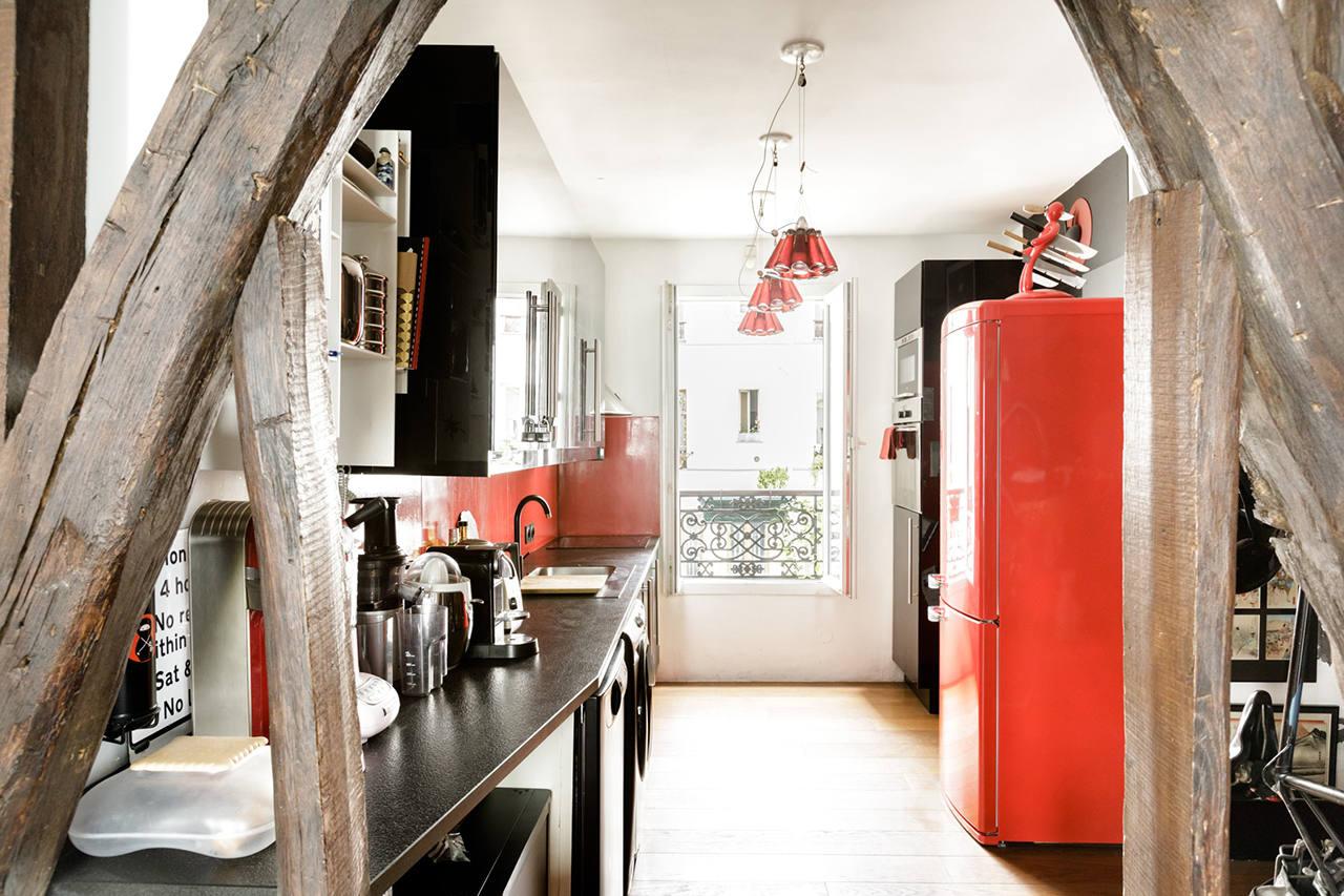 Где недорого снять квартиру в Париже туристу