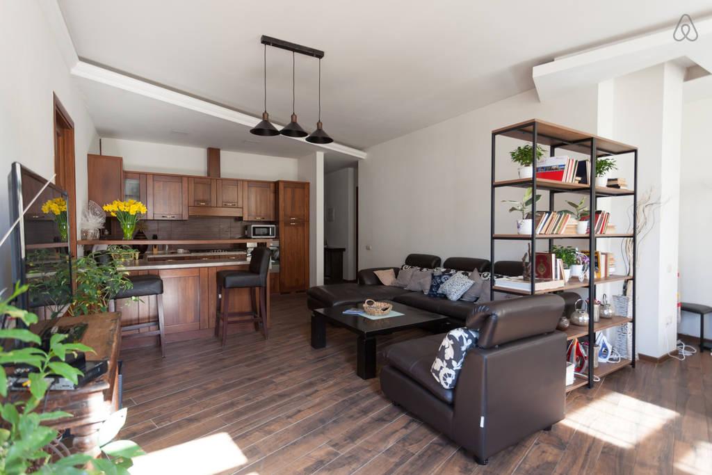 Посуточная аренда квартиры в Тбилиси