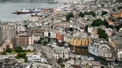 Как дешево долететь в город Олесунн (Норвегия)